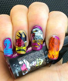 """""""Ed Hardy"""" inspired Nail Art by """"Lorena Style""""."""