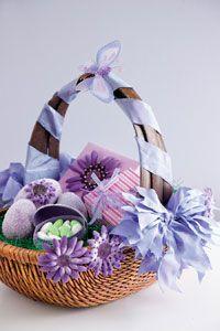 Homemade Easter Basket Homemade Easter Baskets, Wicker Baskets, Picnic, Treats, Entertaining, Decor, Sweet Like Candy, Goodies, Picnics