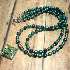 Kelly Green and Royal Blue Pearl Necklace with Abalone Shell Pendant | KatsAllThat - Jewelry on ArtFire