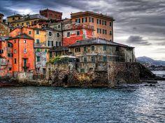 Boccadasse - Genoa - Italy 30/09/2007 Rielaboration of a old shot Rielaborazione di un vecchio scatto