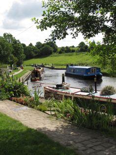 Leeds-Liverpool Canal, Barnoldswick, Lancashire