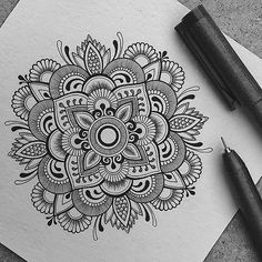 40 Beautiful Mandala Drawing Ideas & Inspiration - Brighter Craft 40 illustrated mandala drawing ideas and inspiration. Learn how you can draw mandalas step by step. This tutorial is perfect for all art enthusiasts.
