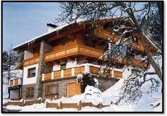 Unser Haus ist ein idealer Ausgangspunkt für zahlreiche Berg- und Wandertouren in der Ferienregion. Cabin, Mansions, House Styles, Outdoor, Home Decor, Welcome, Environment, Rustic, Destinations