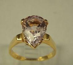 Kunzite Ring 4 Carat Pear Shaped Gemstone by estatejewelryshop, $425.50