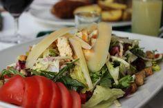 Salata Caesar Cobb Salad, Tacos, Mexican, Ethnic Recipes, Food, Salads, Essen, Yemek, Mexicans