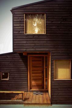 Galería de Casa en los Guindos / DOM - 9 Modern Exterior, Home Goods, Garage Doors, Windows, Architecture, Outdoor Decor, Design, Home Decor, Southern Homes
