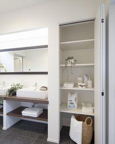 いいね!56件、コメント4件 ― Yu Maruyamaさん(@you_marumaru)のInstagramアカウント: 「リネン庫👏 洗面室にちょっとあるだけで めっちゃ便利✨ 最近ご要望も多いです✨ #コーディネーター#coordinator #コーディネート#coordinate…」