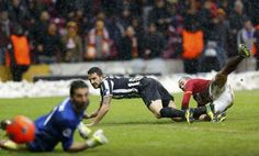 The only goal comes from Galatasaray. Wesley Sneijder at 85th minute.