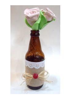 Ateliê Le Mimo: FLORES e ARRANJOS Arranjo com flores de EVA em garrafinha - decorada com juta ou linho e renda