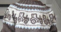 Lillebror i huset er veldig glad i store kjøretøy. Så da jeg fant denne genseren designet av Gerd Auestad var saken biff. Kjøpte inn Hverd... Knitting Patterns Free, Free Knitting, Knitted Hats, Beanie, Barn, Design, Fashion, Tricot, Tractor