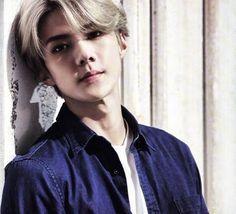 (; ̄д ̄)Now I missed his BLONDE hair ~