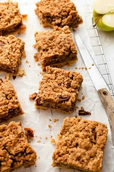 Apple Pie Bars combine a rich, buttery shortbread crust with tart apples and a nutty crumble topping for a hand-held version of apple pie that is perfect for everything from potlucks to holiday parties. Best Dessert Recipes, Apple Recipes, Fun Desserts, Gourmet Recipes, Baking Recipes, Cookie Recipes, Delicious Desserts, Fall Recipes, Gourmet Foods