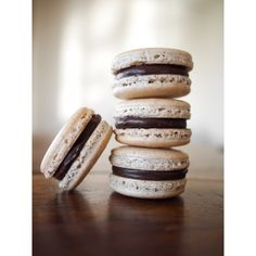 Macaron Love ❤ liked on Polyvore featuring backgrounds, food ve macarons
