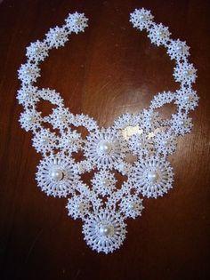 Работа выполнена на основе техники плетения снежинок - Мир бисера – история, виды, бисероплетение (схемы, узоры), изделия из бисера.