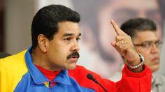 """FACTURA A LA VENEZOLANA: """"EL LADRON DE MACRI TIENE UN AÑITO EN EL GOBIERNO Y YA ESTA DE SALIDA""""    El ladrón de Macri tiene un añito en el Gobierno y ya está de salida El presidente de Venezuela Nicolás Maduro dijo hoy que su homólogo argentino Mauricio Macri a quien calificó de ladrón farsante y bandido ganó las elecciones de su país manipulando y se preguntó cómo se mantiene en la Presidencia con solo 20 % del apoyo de su país. El gobernante hizo el comentario en un acto con dirigentes del…"""
