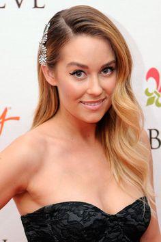 9 Ways to Get Celebrity-Approved Side-Swept Hair | TeenVogue.com