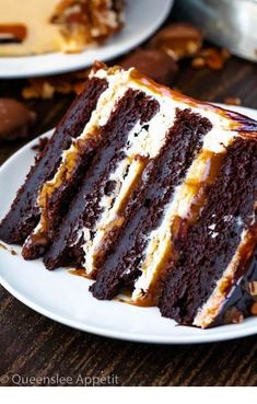This Turtle Chocolate Layer Cake starts with rich, decadent and moist chocolate . - This Turtle Chocolate Layer Cake starts with rich, decadent and moist chocolate cake layers that ar - Layer Cake Recipes, Best Cake Recipes, Sweet Recipes, Dessert Recipes, Dinner Recipes, Coke Recipes, 2 Layer Cakes, Cake Filling Recipes, Cake Recipes From Scratch