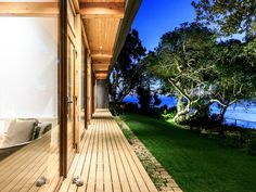 Image 11 of 34 from gallery of Las Escaleras Country House / Prado Arquitectos. Photograph by Daniel Pinilla Prado, Clear Lake, International Style, Natural Wonders, Interior Architecture, Interior Design, My House, Beautiful Homes, Sidewalk
