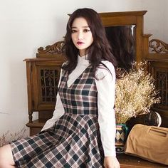 Buy 'chuu – Button-Collar Raglan-Sleeve Top' with Free International Shipping at YesStyle.com. Browse and shop for thousands of Asian fashion items from South Korea and more!