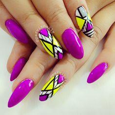 colorful nails,violet nails