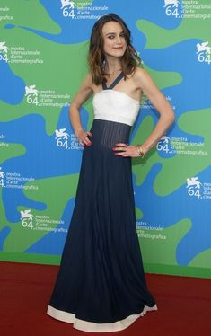 Keira Knightley Maxi Dress - Keira Knightley Looks - StyleBistro