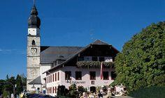 Hotel Landgasthof Holznerwirt in Eugendorf, Salzburg - Seminare & Events Salzburg, San Francisco Ferry, Places Ive Been, Building, Komfort, Travel, Austria, Hotels, Events