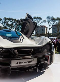 McLaren P1 Cool Sports Cars, Super Sport Cars, Cool Cars, Super Cars, Slr Mclaren, Mclaren Cars, Good Looking Cars, Car Car, Dream Cars