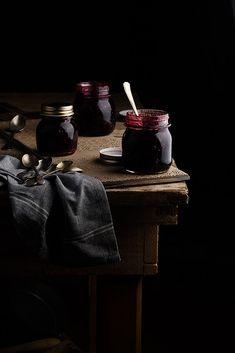 INSPIRING... Food Photography Ideas for Those Who Truly Feel It - Mermelada de moras by Raquel Carmona