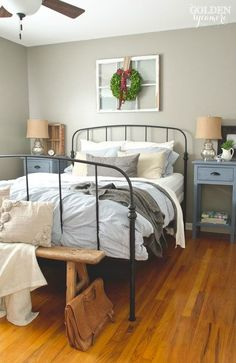 Black iron Ikea bed frame in rustic cottage bedroom. Bedroom Apartment, Home Decor Bedroom, Home Bedroom, Bedroom Diy, Home Decor, Bed Styling, Black Bed Frame, Bedroom Vintage, Iron Bed