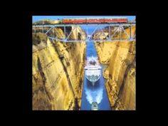 Cruzando el Canal de Corinto !!