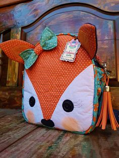 School Bags For Kids, Kids Bags, Nursery Bag, Bookmarks Kids, Small Sewing Projects, Craft Bags, Patchwork Bags, Fabric Bags, Crochet Purses