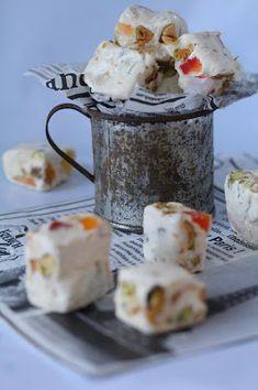 Kakkuviikarin vispailuja!: Ranskalainen nougat Home Made Candy, Sweets, Homemade, Mugs, Baking, Tableware, Food, Dinnerware, Good Stocking Stuffers