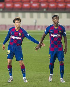 Barcelona Football, Fc Barcelona, Messi Photos, Don Juan, Soccer Stars, Club, Sports, Soccer, Barcelona Soccer