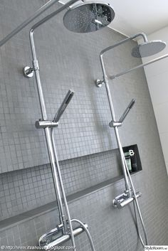 blandare,dusch,mosaik,walk in shower