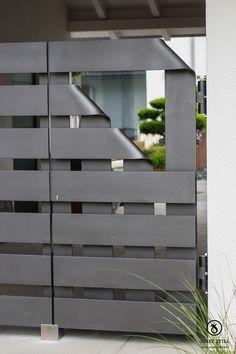 Metallgestaltung Josef Still - Kunstschmiede Kolbermoor - www.metall-schmiede.de - #Kunstschmiede #Tor #Gartentor #Gitter #Schmiede #München #Rosenheim #individuell #Eisen #Modern #Gestaltung #Wohnen #Design #Unikat #Handwerk #Haus #Garten