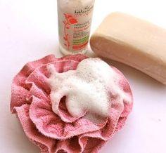Bubbly Rose Bath Pouf | AllFreeHolidayCrafts.com