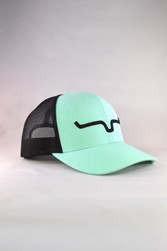 Fabric: Twill Front, Mesh Back    Fit: Adjustable snapback    Details:One size fits all