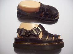 35c0f30a2e48 Dr Marten Brown Leather Strappy Flats Sandals Fisherman Shoes Size 6    cLOSeT  DrMartens