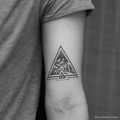 Triangle tattoo meaning, geometric triangle tattoo, geometric tattoo forest Finger Tattoos, Leg Tattoos, Body Art Tattoos, Sleeve Tattoos, Cool Tattoos, Monkey Tattoos, Mini Tattoos, Small Tattoos, Tattoos For Guys