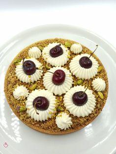 Ciliegiosa di Leonardo Di Carlo con una piccola modifica | Passionedolce Cheesecake, Cakes, Sweet, Desserts, Food, Candy, Tailgate Desserts, Deserts, Cake Makers