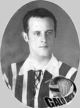 Mario de Castro - Um dos maiores artilheiros do futebol mineiro, em 100 partidas disputadas, marcou 195 vezes; média de 1,95. #Eterno9x2 #MariaEuSeiQueVocêTreme #Galo AtléticoMineiro