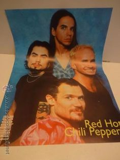 PÓSTER RED HOT CHILI PEPPERS.  REVISTA ENDERROCK. 29.5 X 41 CM.