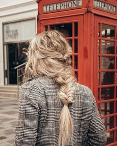 Long Hair Messy Braid Textured Crimped Inspiration Travel Hairstyles, Messy Hairstyles, Pretty Hairstyles, Blonde Hair Inspiration, Messy Braids, Curls, Winter Hats, Hair Beauty, Dreadlocks