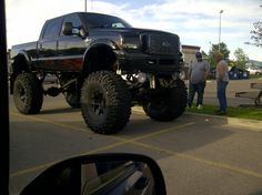 Lifted trucks. no parking problems here.