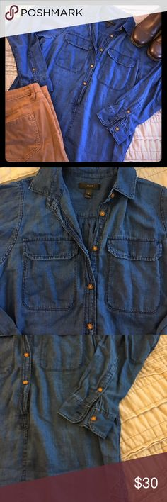 J crew shirt Awesome j crew shirt in EUC great for layering. J. Crew Tops Button Down Shirts