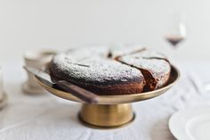Honey Almond Olive Oil Cake - Life Love Food