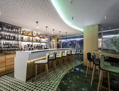 Сыр Бар в отеле Meliá Sarrià по Estudi {H} ас, Барселона Испания ресторан отеля гостиницы и рестораны бар