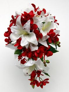 red and white bouquet, bridesmaids bouquets.