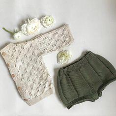 Vårt innslag av mosegrønn! Denne shortsen er allerede godt brukt her sammen med nydelig strukturstrikka jakke #kranseshorts #hoppestrikk