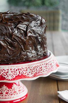 El 29 de abril fue el quinto aniversario del blog, sí, ya son cinco años compartiendo con ustedes. Y qué mejor ocasión para hacer un nuevopostde la receta más popular delblog, la Torta Húmeda d…